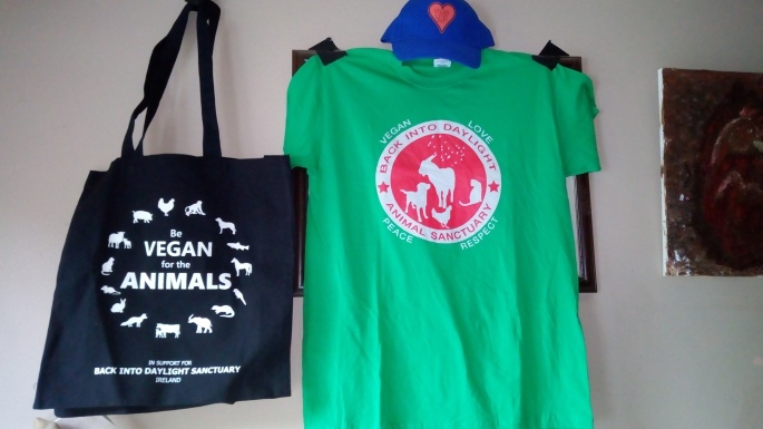 T shirts , bags and hats 015